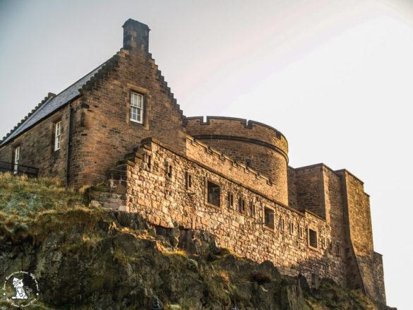 Edinburgh-Castle-city-view